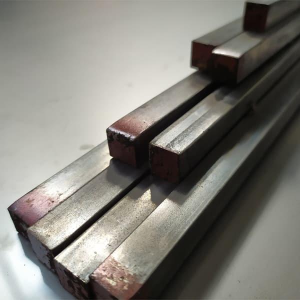 Barre quadre in acciaio inox