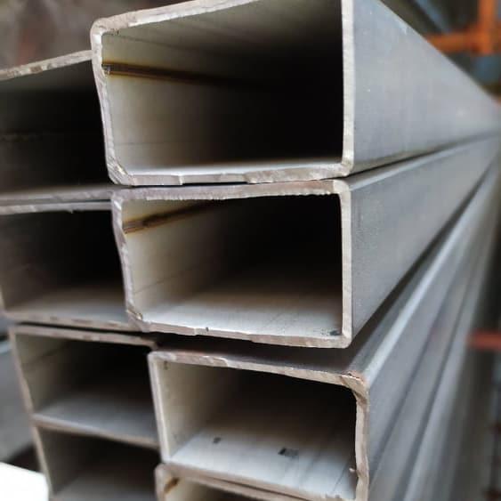 Tubi in acciaio inox rettangolari